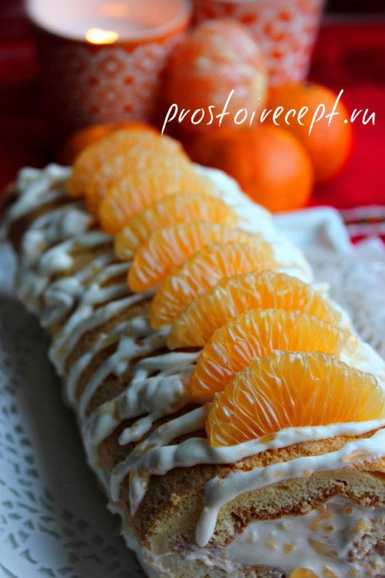 Бисквитный рулет с мандаринами