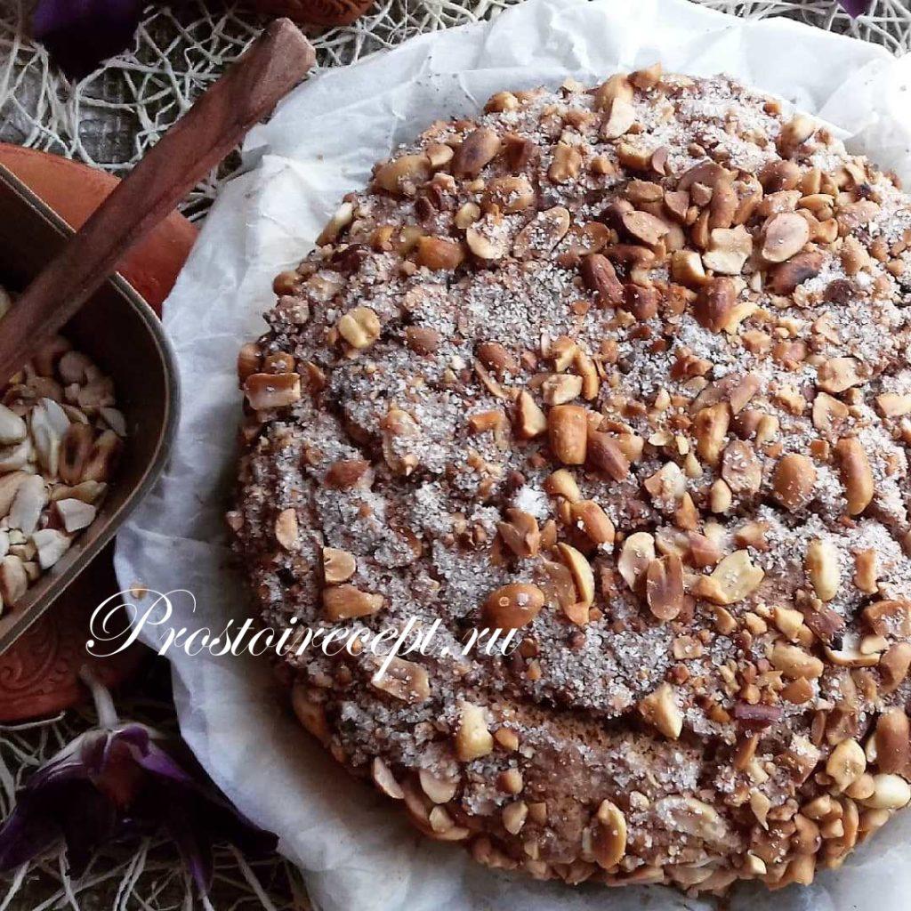 Простой пирог с орехами